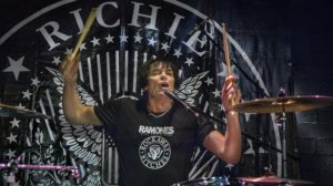 richie-ramone-in-action
